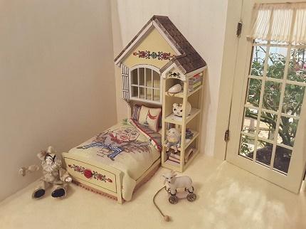 Miniature Cottage, Dollhouse Miniatures in Nashville
