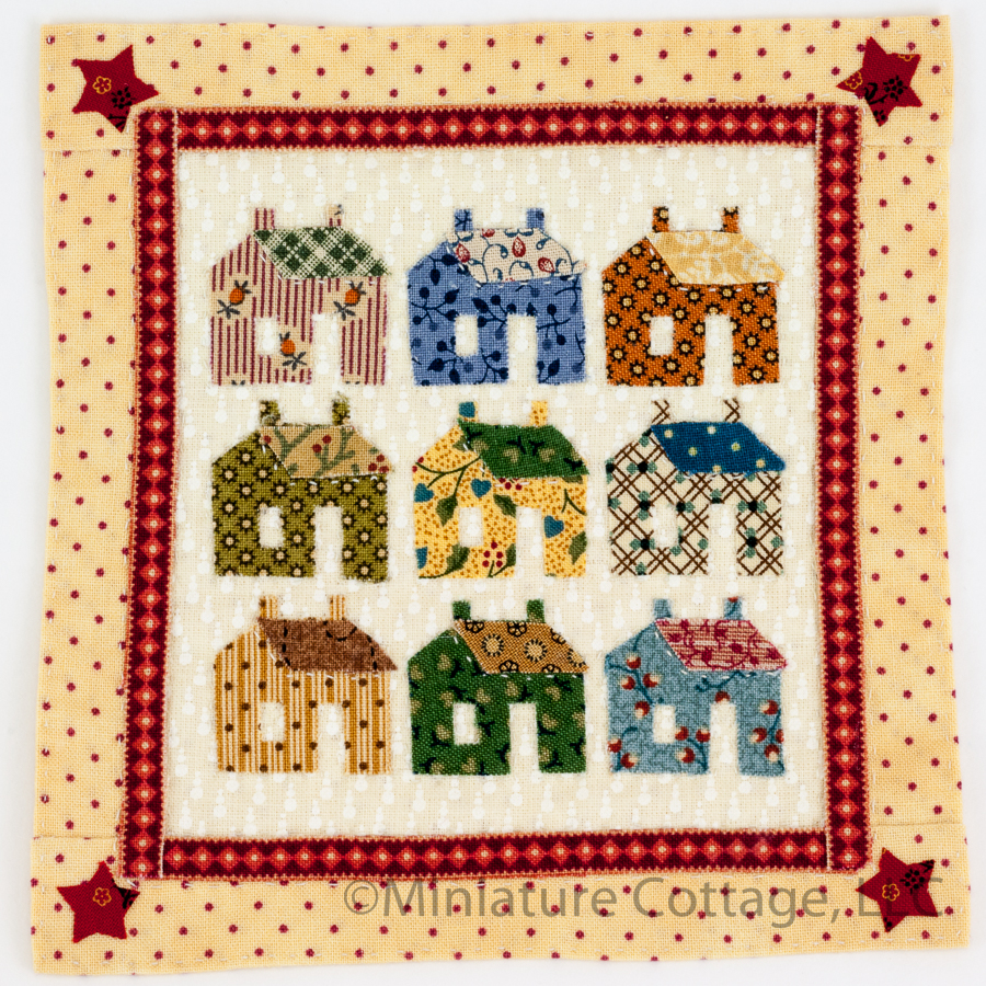 Needlework, Sewing, Quilts : Miniature Cottage, Dollhouse